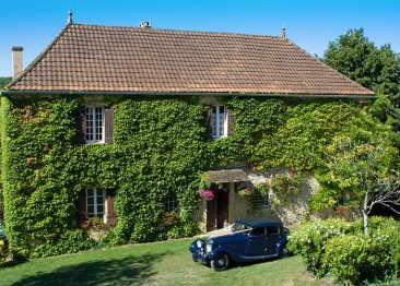 Le Manoir (6 bedrooms, sleeps 13).